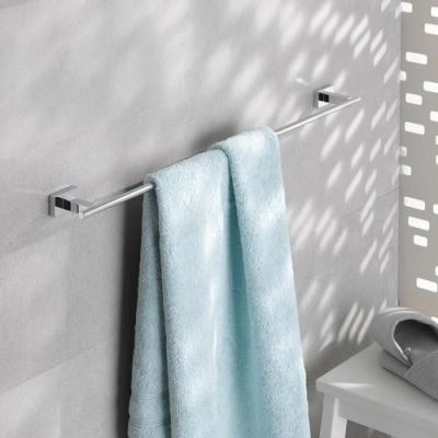 Bara prosop 600mm Grohe Essentials Cube-40509000